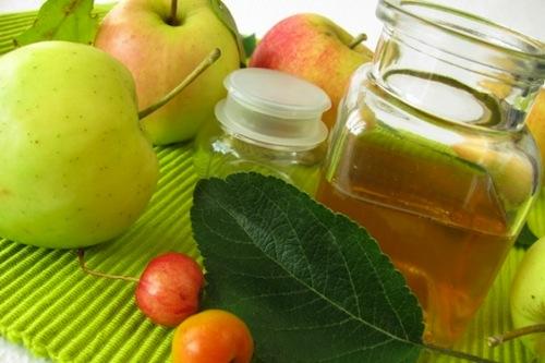 Cách trị hôi miệng với baking soda và giấm táo